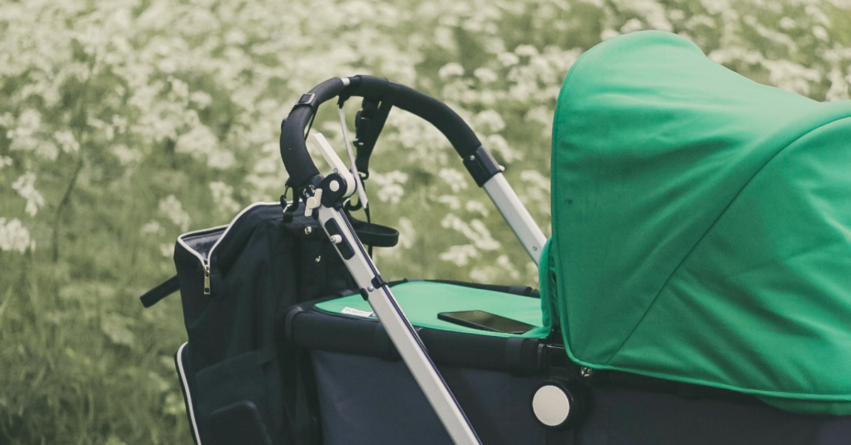 You are currently viewing 16 Best Stroller Accessories That Will Make Your Life Easier